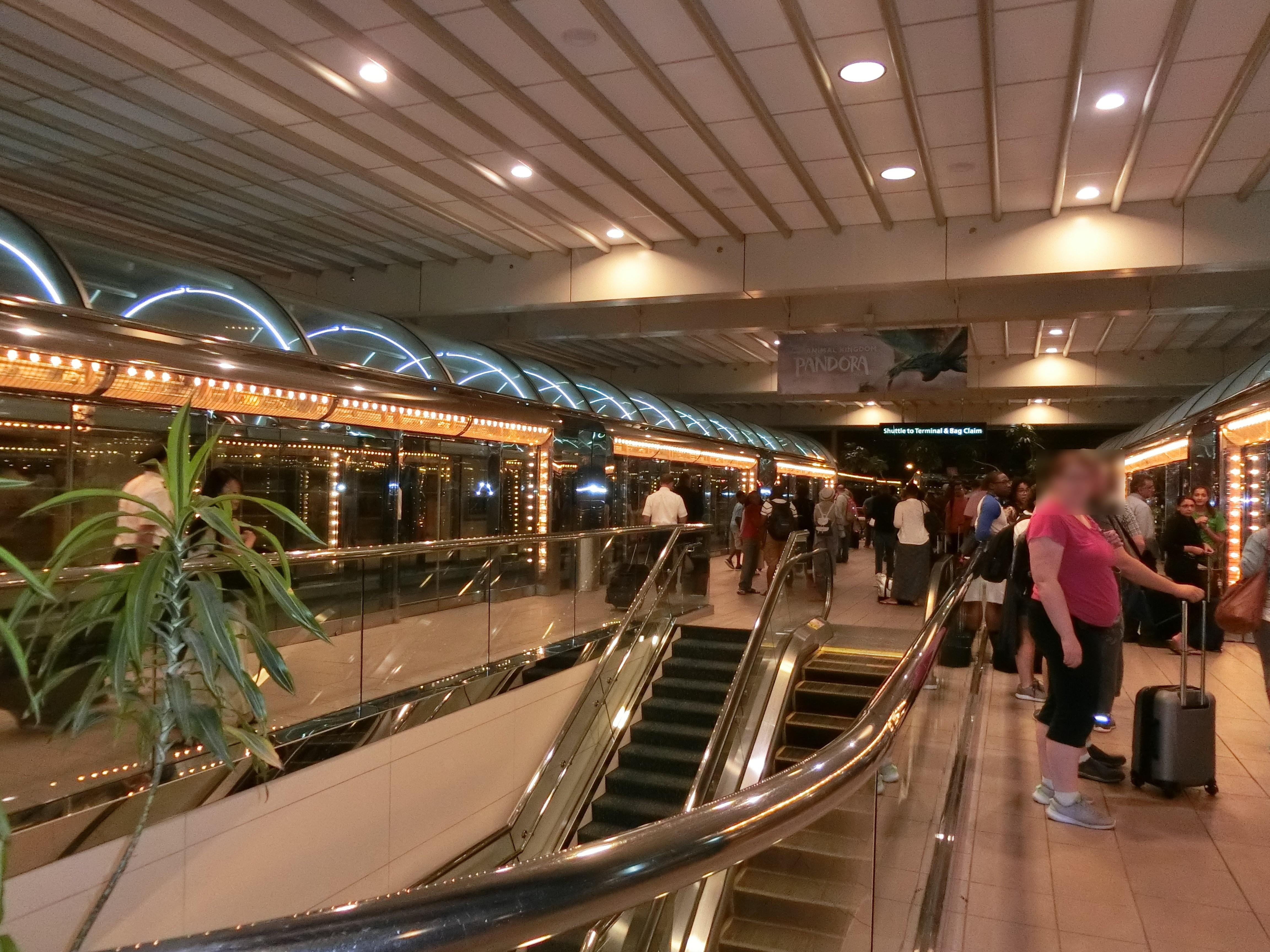 オーランド空港