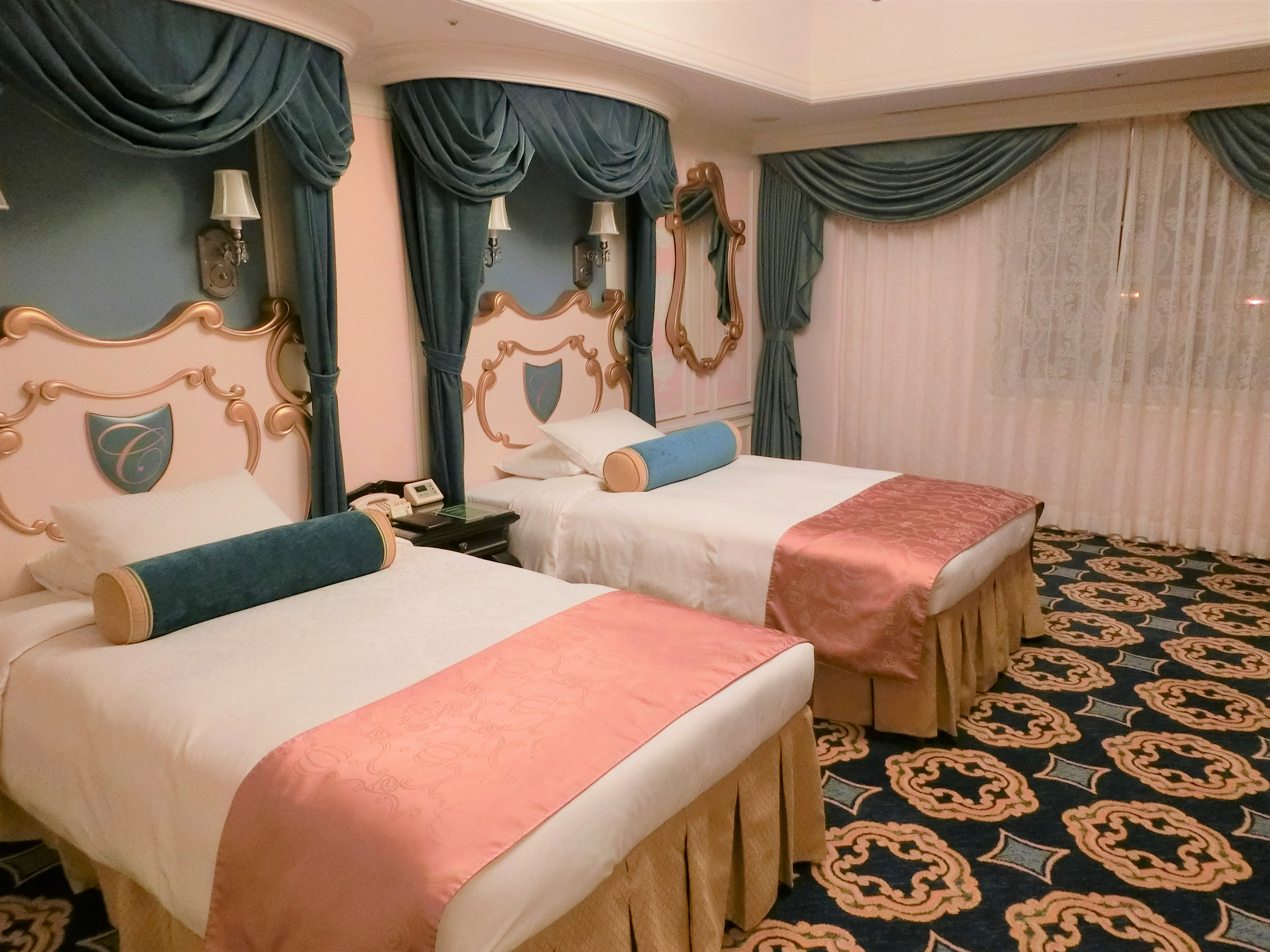 ディズニーランドホテル・シンデレラルームに宿泊してきた!【写真26枚