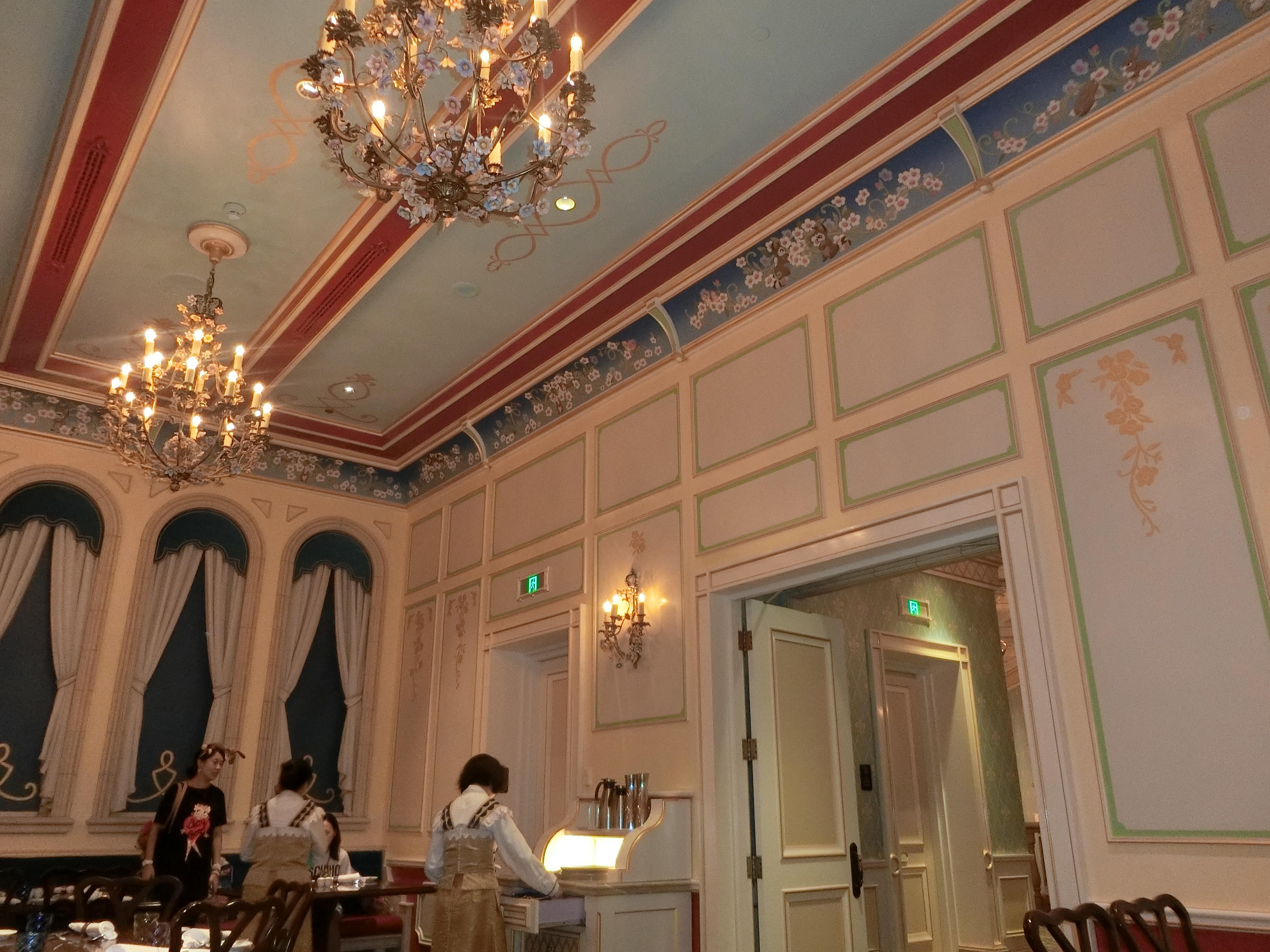 上海ディズニーランド・ロイヤルバンケットホール