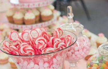 キャンディビュッフェを結婚式で!お菓子・値段・容器などまとめ